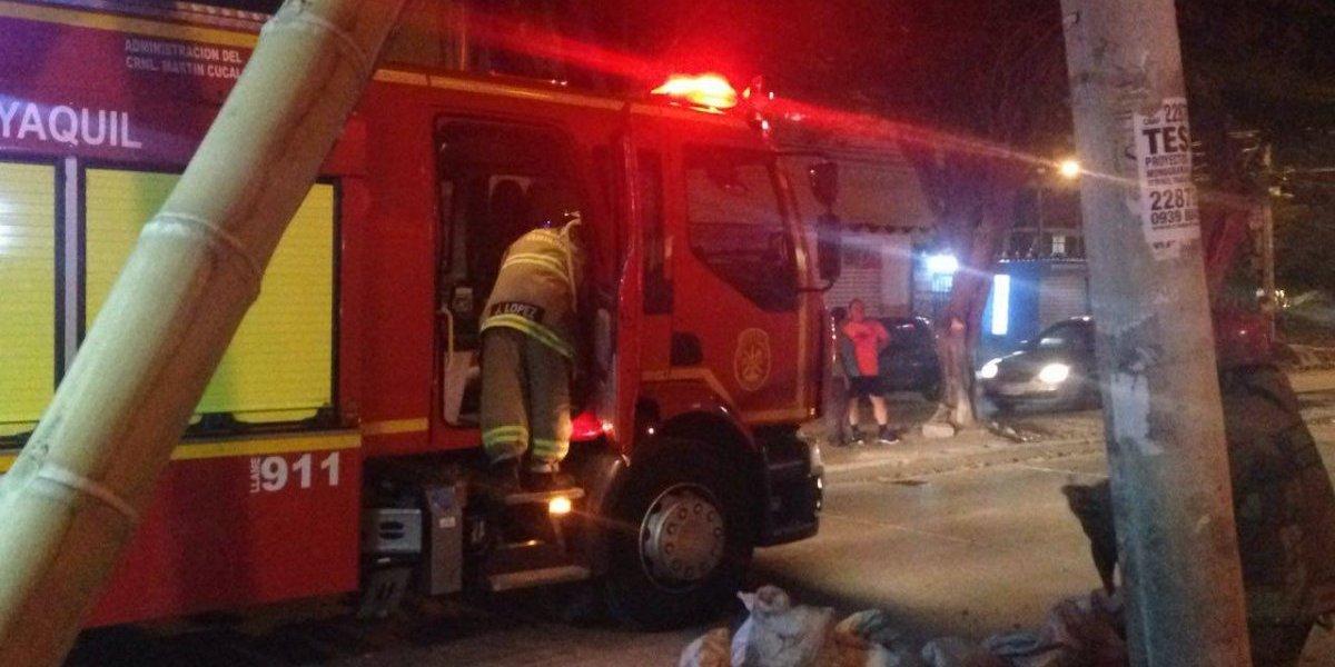 Guayaquil: Bomberos realizó contención de producto químico