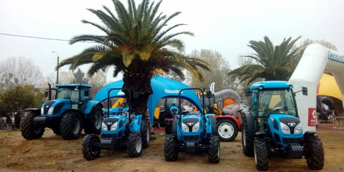 En la fiesta de la maquinaria agrícola de Talca, DercoMaq se luce