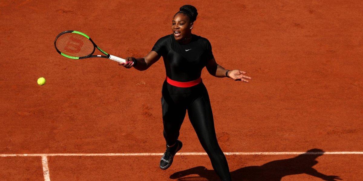 La extraña vestimenta de Serena Williams en su retorno a Roland Garros