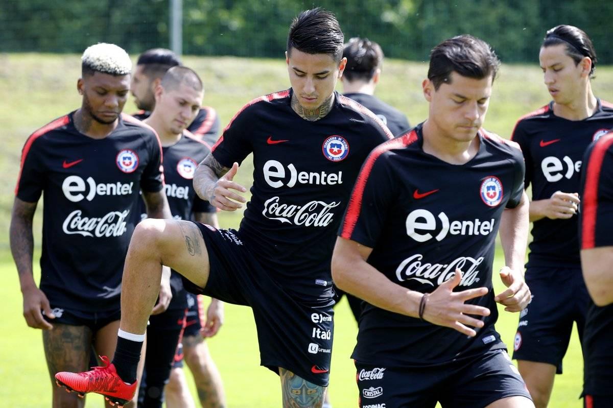 Chile cae ante Rumanía jugando una hora con diez hombres