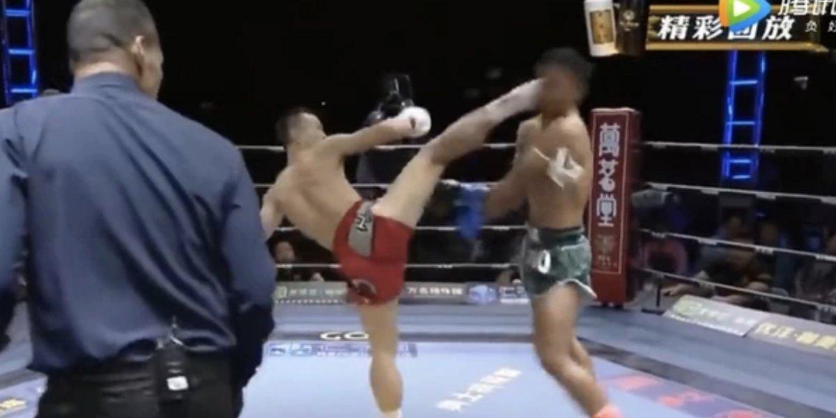 Noquean de una patada a luchador y queda mal herido