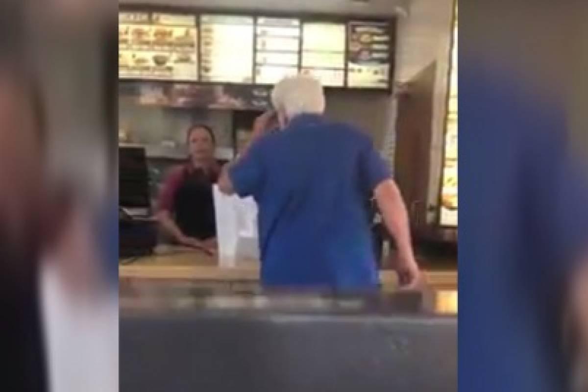 'Te compraré un boleto de vuelta a México', dice a empleada