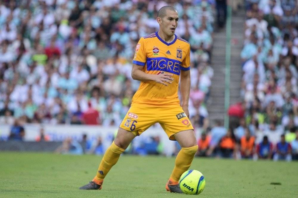 Cinco jugadores que Chivas buscó como refuerzos