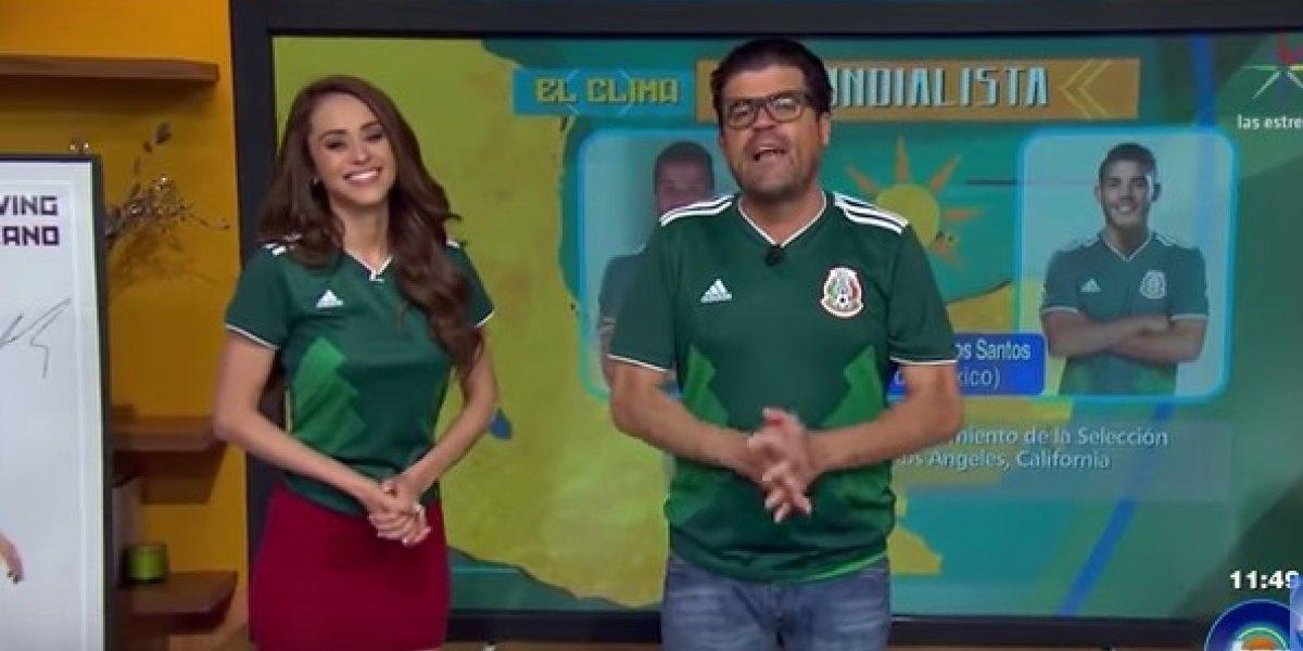 """VIDEO. """"El Burro"""" Van Rankin patea el trasero de Yanet García en vivo"""