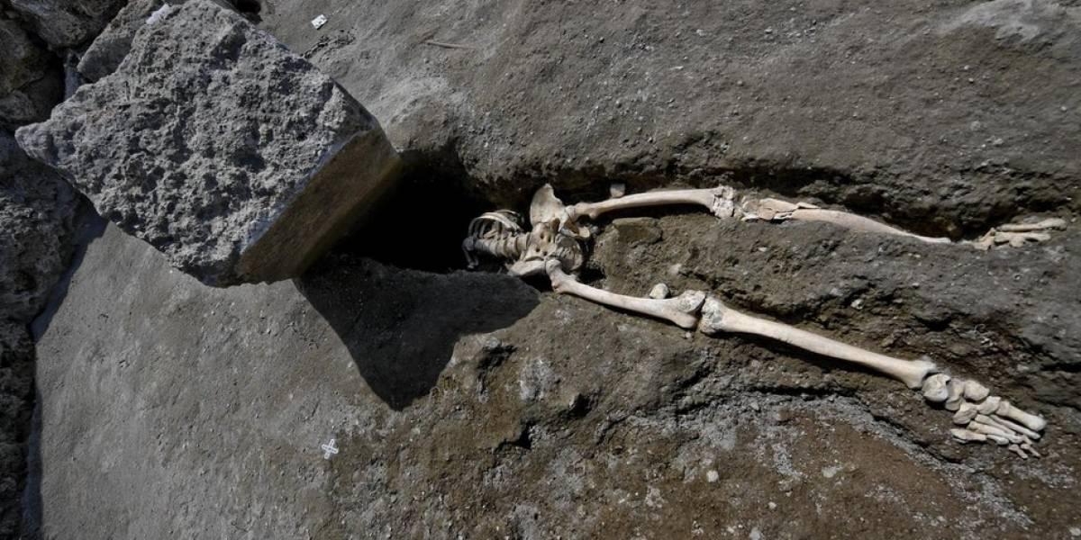 Arqueólogos descobrem que rocha voadora decapitou vítima de erupção de Pompeia