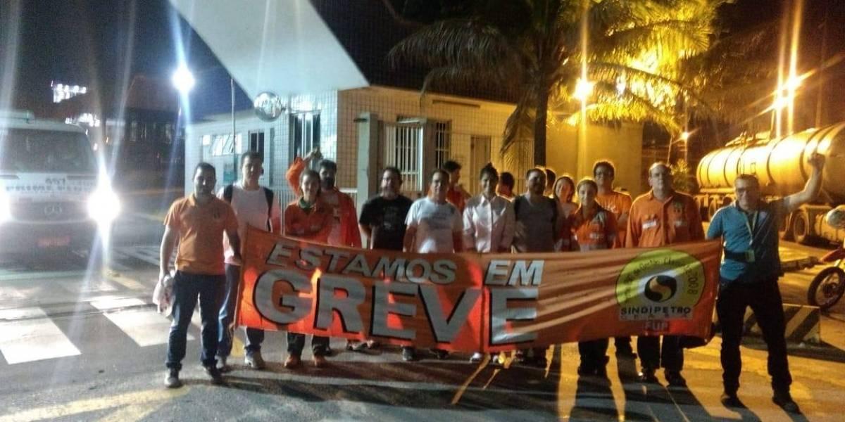 Petroleiros ignoram a Justiça e iniciam greve