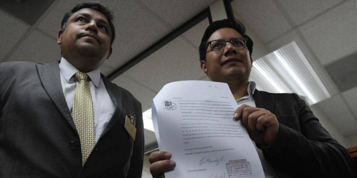 Presentan amparo contra Ministro de Gobernación por supuestamente restringir acceso a la información