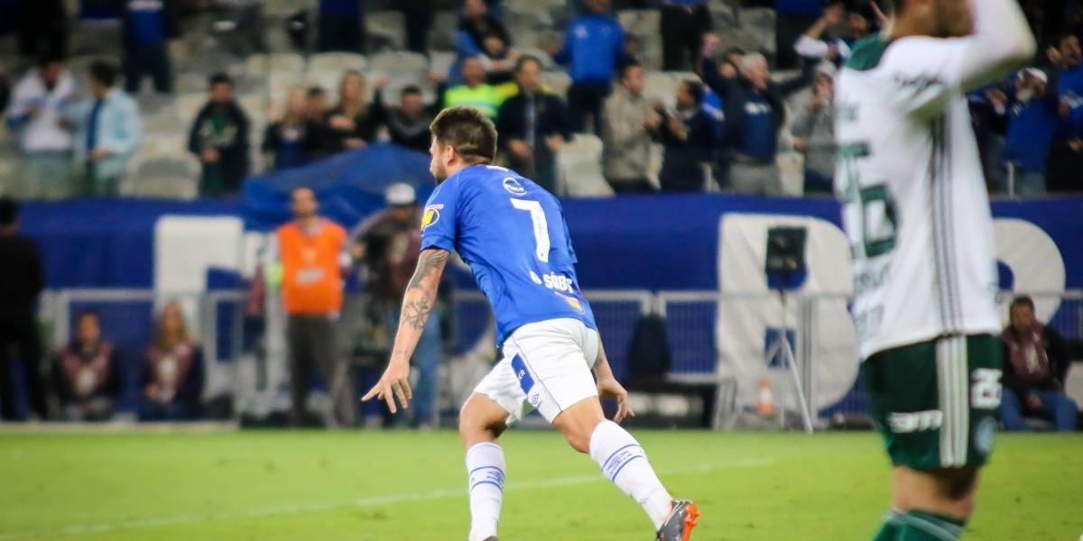 Palmeiras perde do Cruzeiro e entra em crise