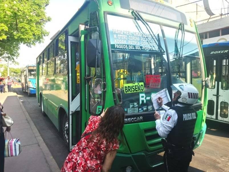 Retiran unidades del transporte público por cobrar de más sin permiso