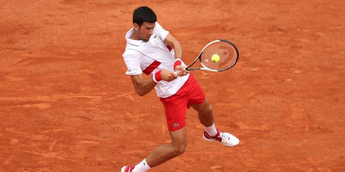 Djokovic tuvo que esforzarse al máximo para avanzar a tercera ronda en Roland Garros