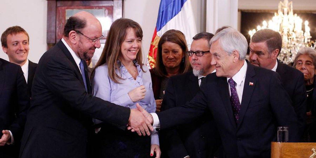 Acuerdo Nacional por la Infancia: Ministro Moreno abre la puerta a adopción de familias homosexuales