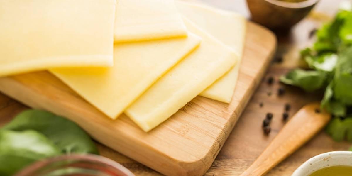 Un estudio revela que el queso es tan adictivo como las drogas