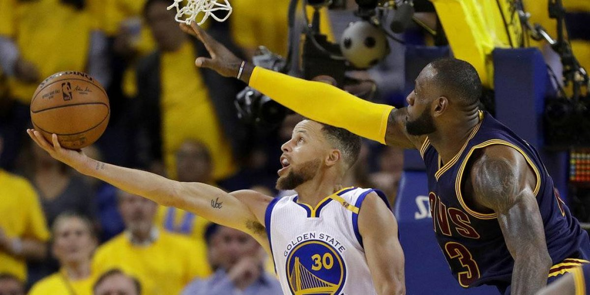 Warriors y Cavs llegan a su cuarta final con sufrimiento