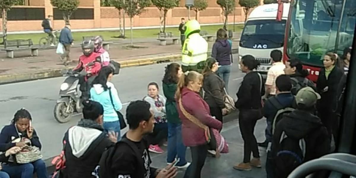 ¡Atención! Se reporta bloqueo en Transmilenio sobre la Av. Caracas