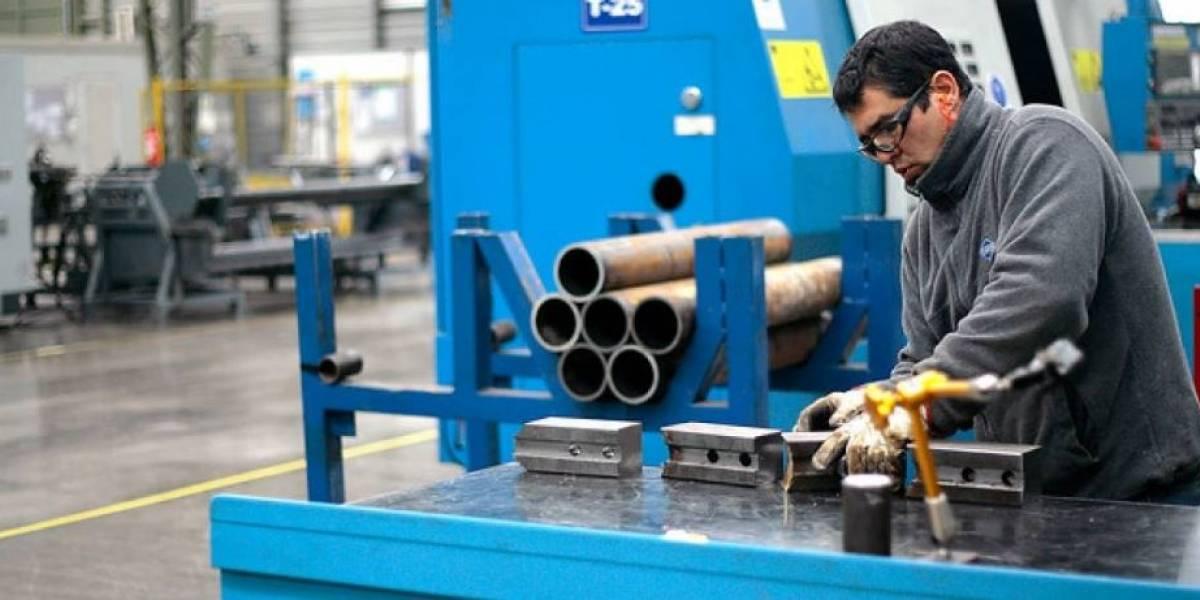 Producción industrial creció 7,6% en abril gracias a fuerte repunte del sector manufacturero