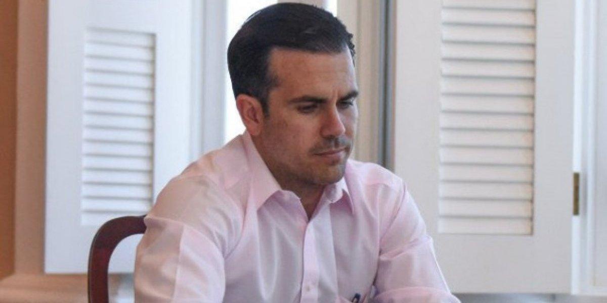 Gobernador Rosselló tiene luz en Jájome, pero sus vecinos no