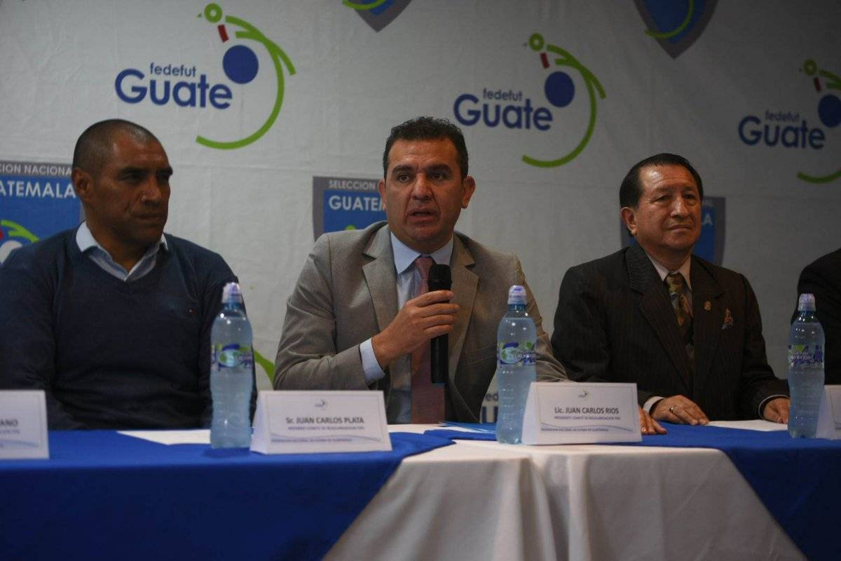 Juan Carlos Ríos en el uso de la palabra