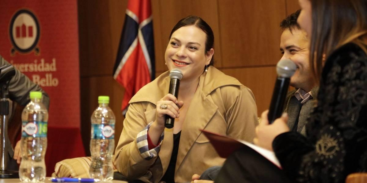 Daniela Vega asiste a firma de decreto que reconoce el uso del nombre social de estudiantes trans de la UNAB