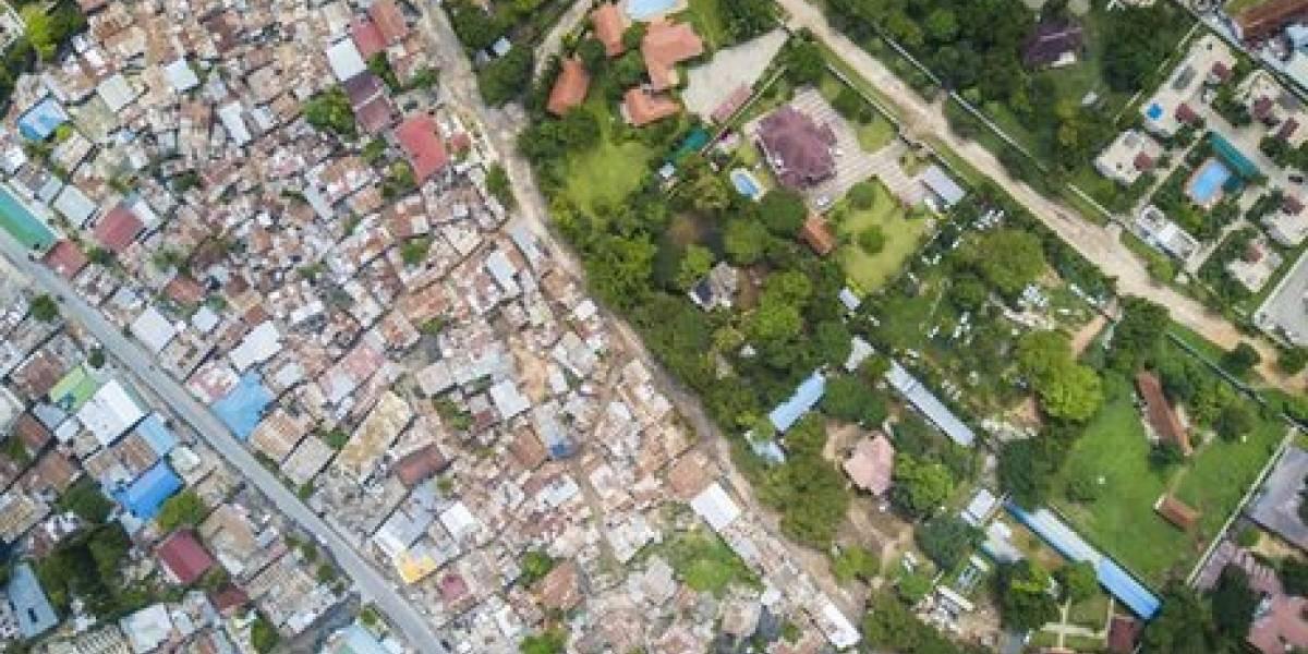 Ricos de um lado, pobres do outro: fotos aéreas mostram desigualdades no mundo