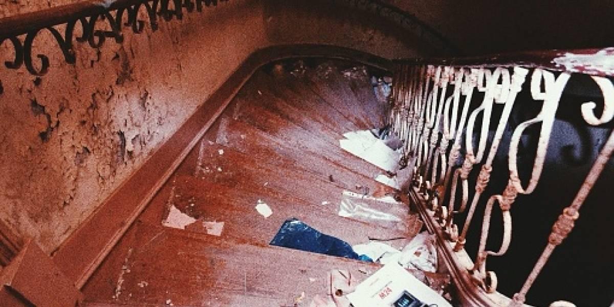 Mujer empujó a su mamá por las escaleras cuando esta le pidió dinero para pagar los servicios públicos