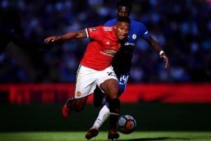 Manchester United ficharía a jugador de 18 años para competir con Antonio Valencia