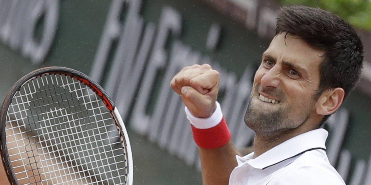 Novak Djokovic y Alexander Zverev pasan a la cuarta ronda de Roland Garros