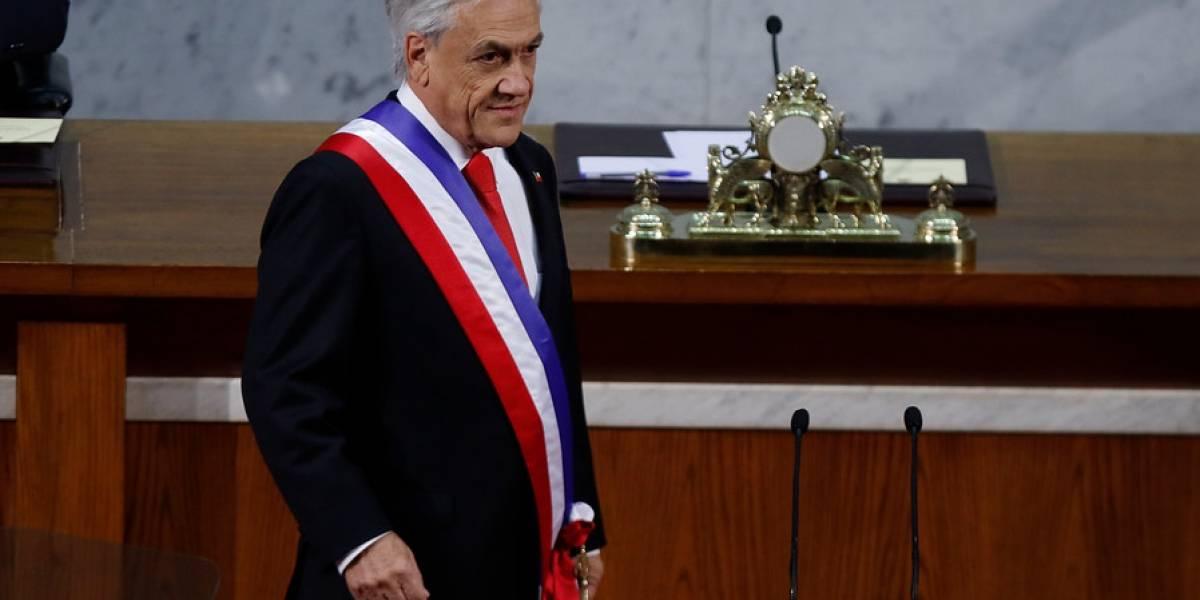 """Piñera da duro golpe a Bachelet en la cuenta pública: """"Chile tuvo el peor desempeño económico en tres décadas"""""""