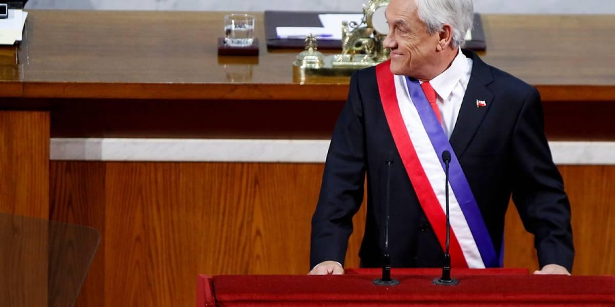 """""""Para avanzar y que avance también el teleprompter"""": el divertido impasse que sufrió Piñera durante la cuenta pública"""