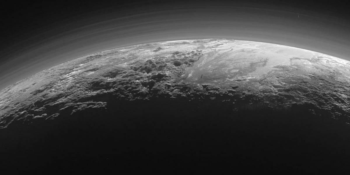 Únicas en el Sistema Solar: así son las sorprendentes dunas de metano en Plutón