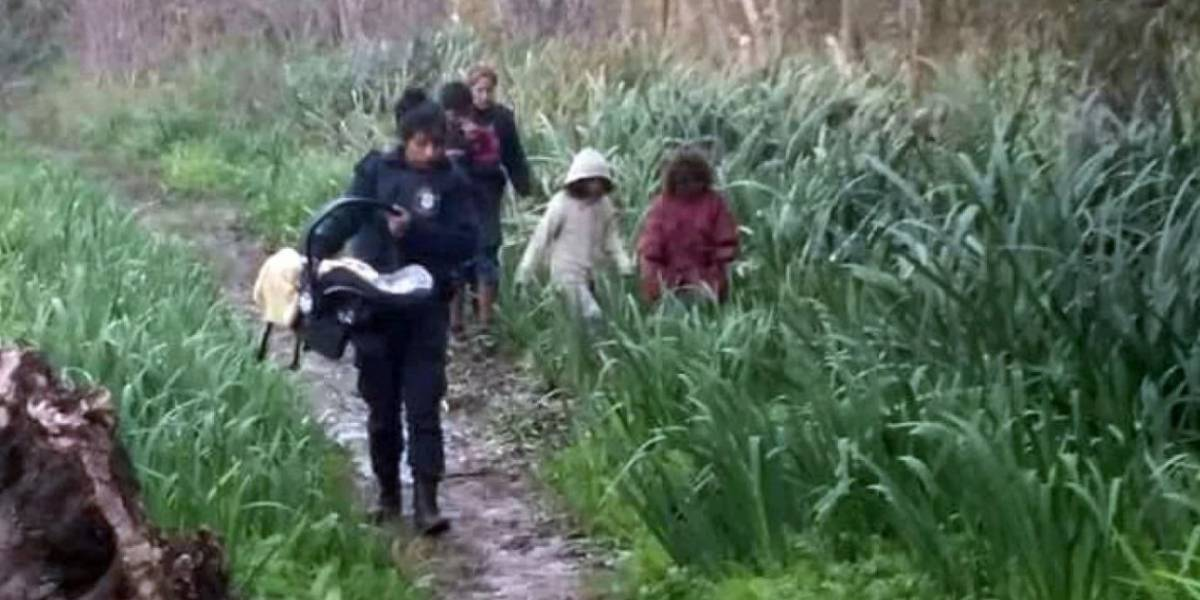 Una triste imagen: Rescatados un bebé de diez días  y sus cuatro hermanos abandonados en la selva
