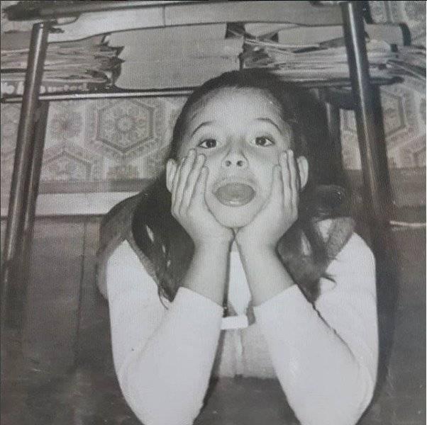 Marian Sabate comparte foto cuando era niña