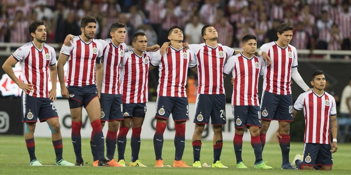 Jugadores de Chivas piden hablar con Vergara para que regrese Almeyda