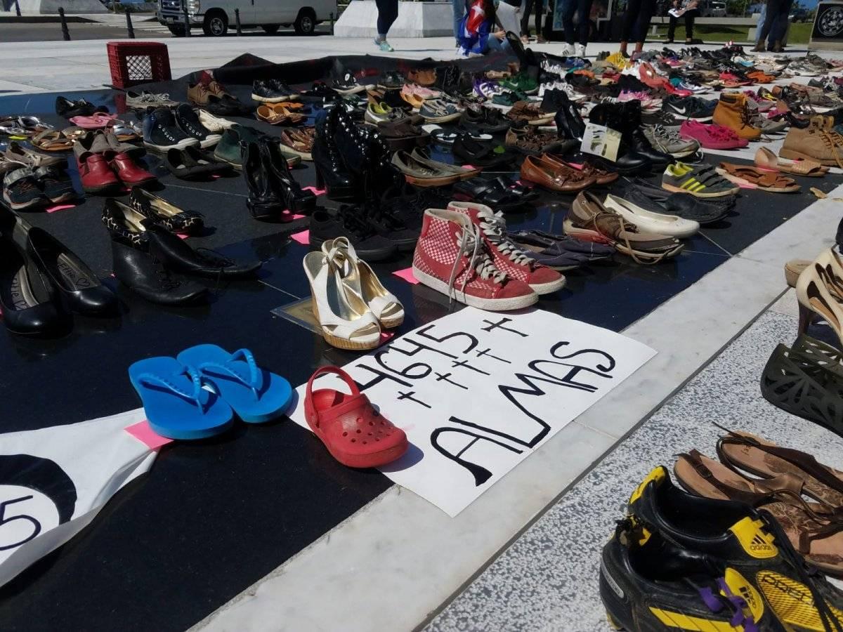 Manifestación en contra de la falta de información sobre las muertes tras el huracán María, llevada a cabo el 1 de junio de 2018 frente al Capitolio de Puerto Rico. / Metro Puerto Rico