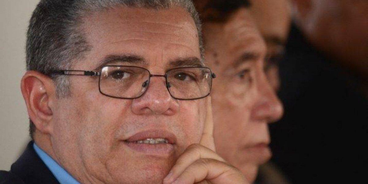 Amarante Baret inicia en Santiago actos proselitistas por su precandidatura