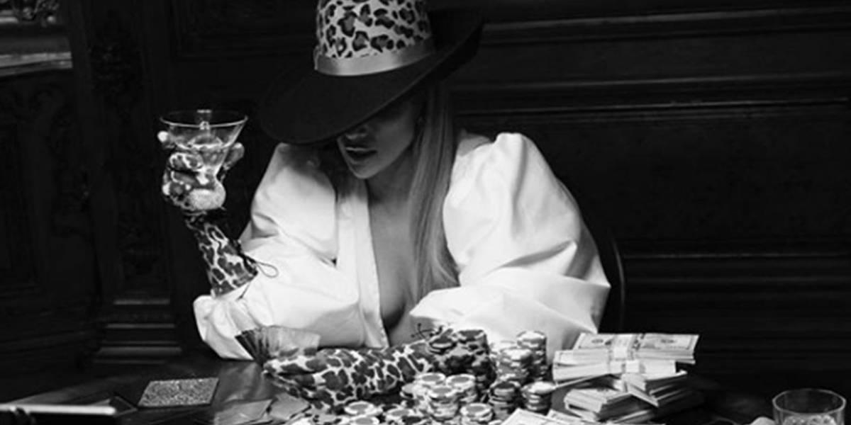 """Entérate cuántos millones en joyas utilizó Jennifer López en el video de """"Dinero"""""""