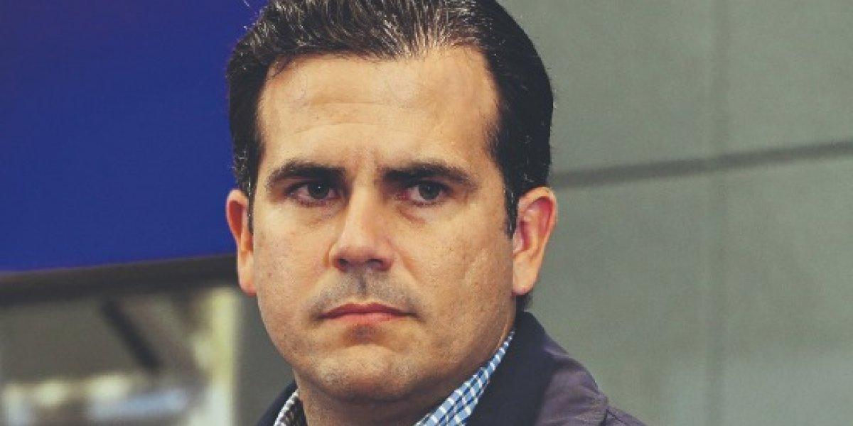 """Gobernador acusa a Rivera Schatz de """"obstaculizar"""" y seguir """"mañas del pasado"""""""