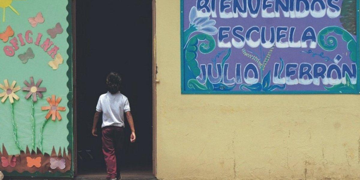 Permanecerá abierta escuela elemental del barrio Castañer