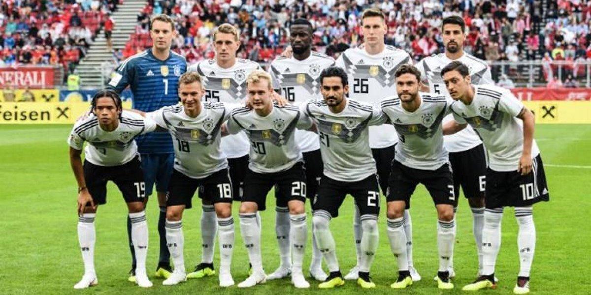 Neuer regresa pero Alemania pierde y deja dudas previo al Mundial