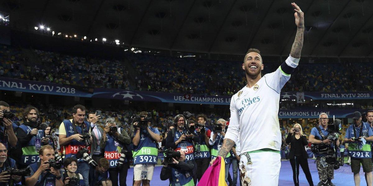 VIDEO: Sergio Ramos interpreta y compone himno de España para el Mundial