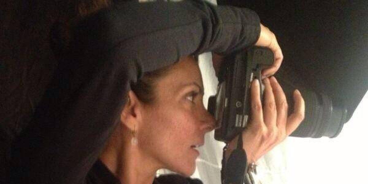 Ex novia de Luis Miguel toma fotos al Tri previo al Mundial