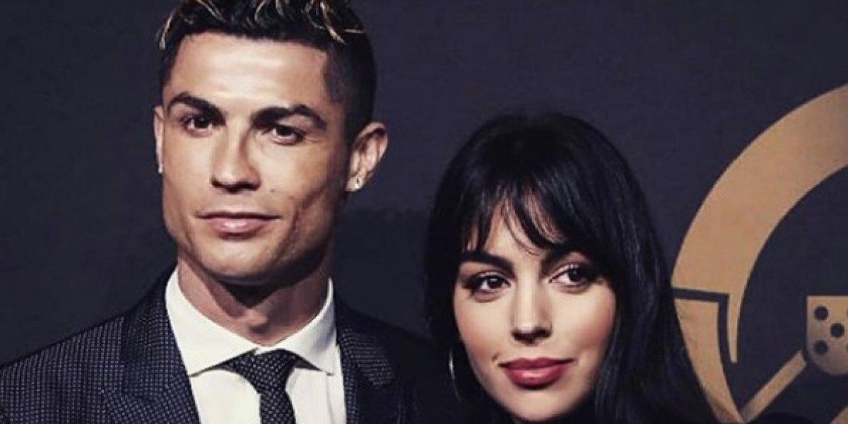 Novia de Cristiano Ronaldo enciende las redes sociales con foto de sus vacaciones