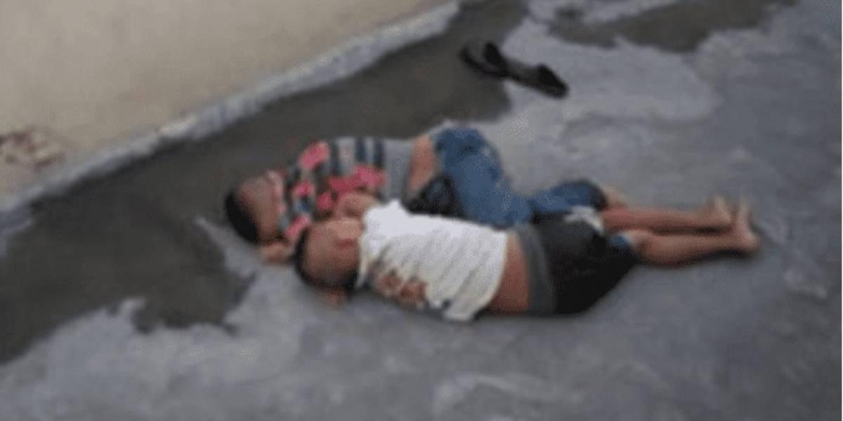 Padres obligaban a sus hijos a dormir en la banqueta