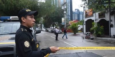 Un hombre fue ultimado a balazos dentro de Chili's.