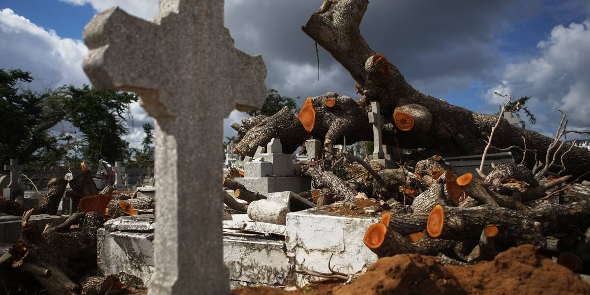 Piden al Congreso que investigue muertes por huracán María