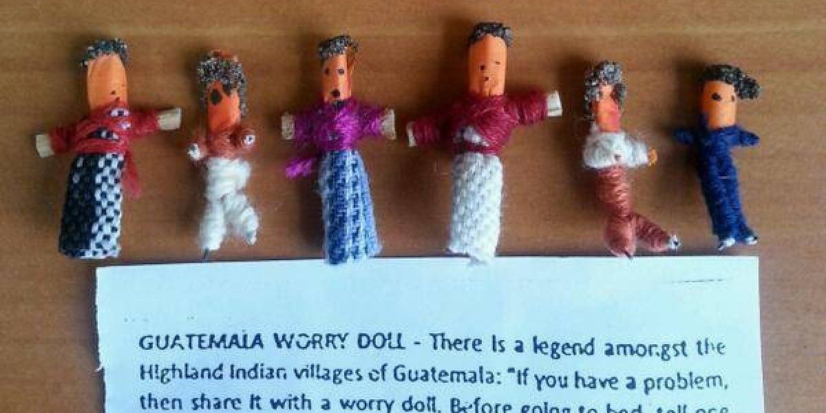 Muñecas guatemaltecas son usadas para atender a niños víctimas del terrorismo