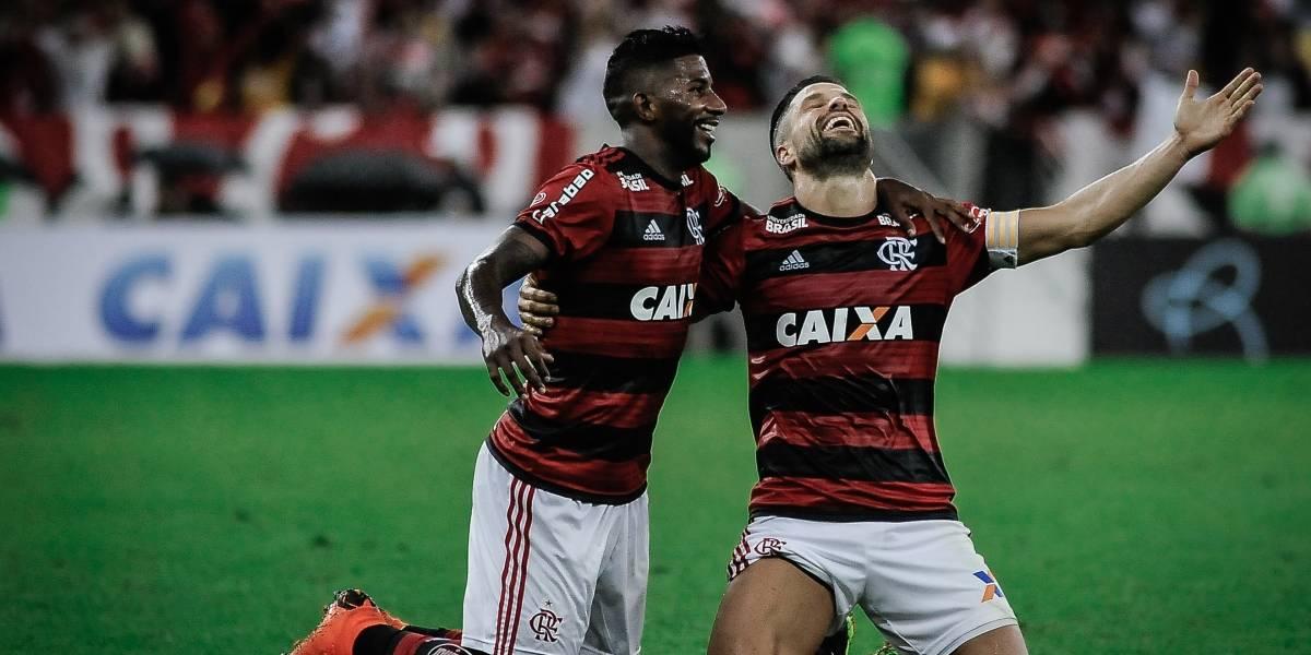 Flamengo vence o Corinthians por 1 a 0 e dispara na liderança