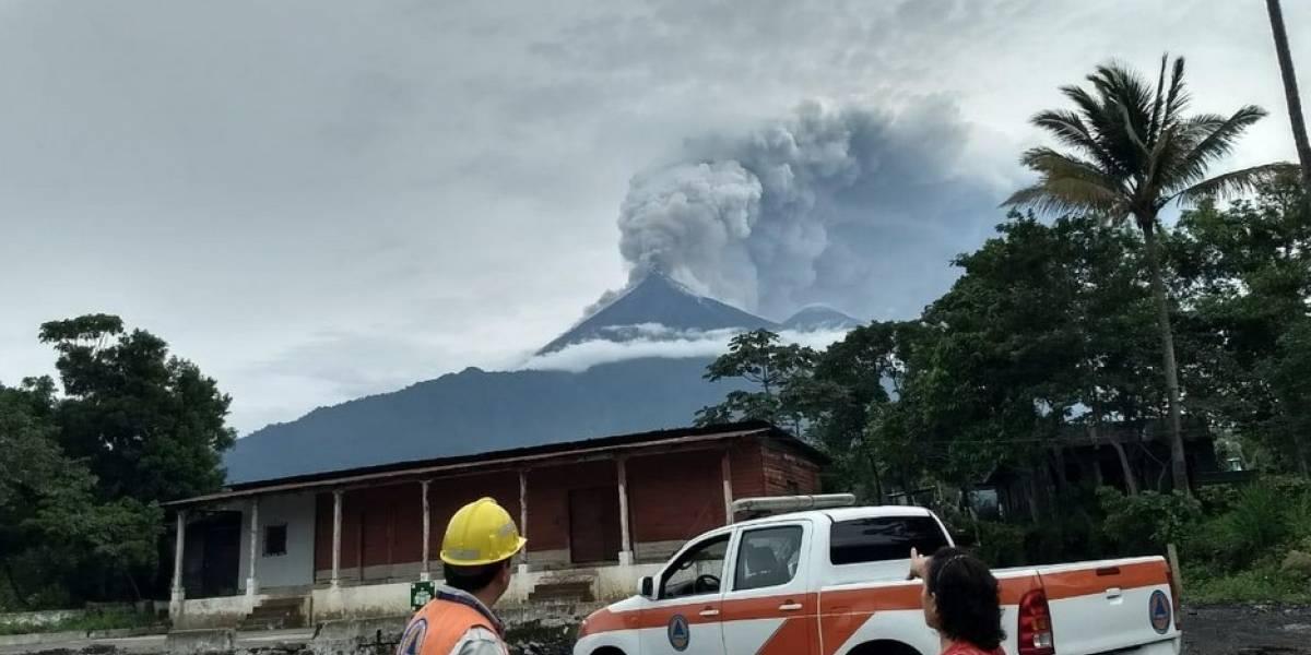 Vídeos muestran magnitud de la erupción del volcán de Fuego en Guatemala