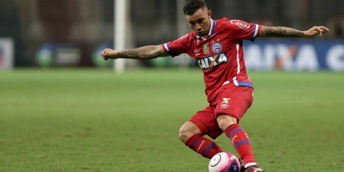 Eugenio Mena y Esteban Pavez lo pasan pésimo en el Brasileirao