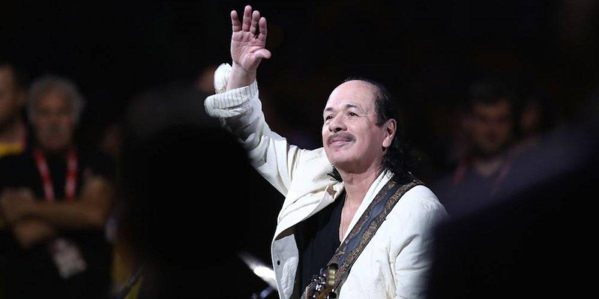 Carlos Santana sorprende con su interpretación del himno de EU previo al Cavs vs Warriors