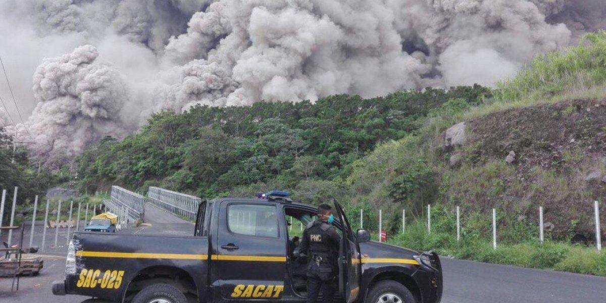 Impactantes fotos y videos de la actividad volcánica de este domingo
